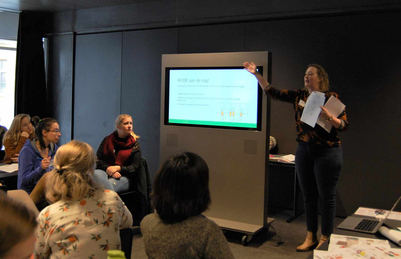 Workshop 'AVIOR project, bilingual materials for migrant children in Europe' - Laurinde Koster (Rutu Foundation)