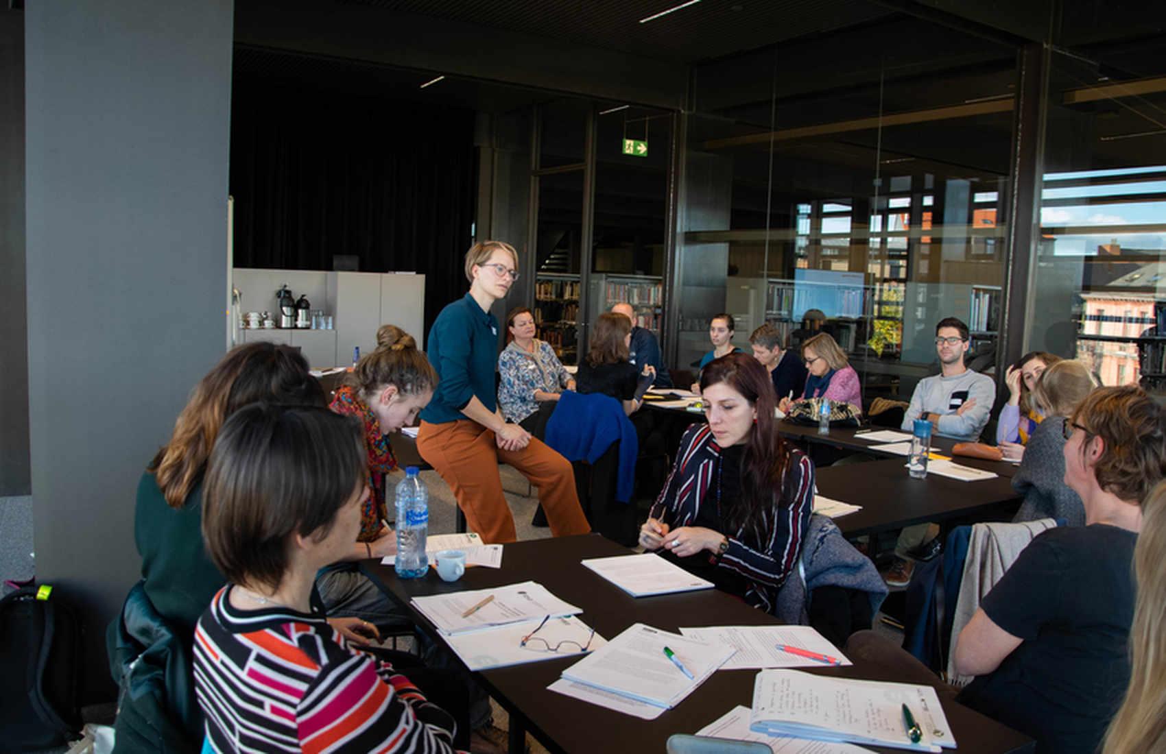 Werkwinkel: Willemijn Krebbekx van Atria bespreekt gender op school in de Nederlandse context.