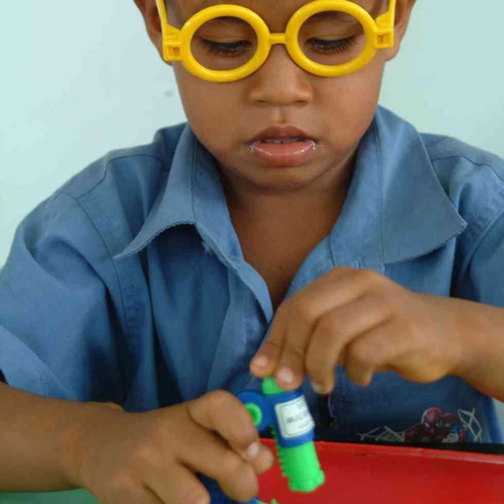 ervaringgericht onderwijs in Suriname